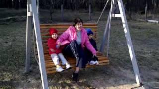 Качели на даче(видео, добавленное с мобильного телефона., 2010-03-28T06:42:51.000Z)