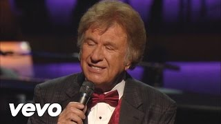 Bill Gaither - Tho Autumn's Coming On [Live]