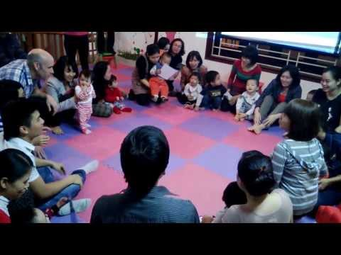 CLB tiếng Anh trẻ em Supertots giao lưu với thầy Simon