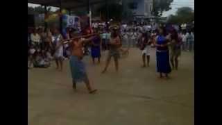 Baile flolclorico...estudiantes de la UPSE..(TSUNKY SHUAR - Nunka Japam Ikiukip)