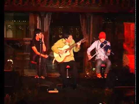 NONTON BIOSKOP - Jubing, Reda, And Didiet, Live Concert 2011