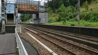 上越線 大沢駅 通過する北越急行ほくほく線の列車 2019年10月22日(火・祝)
