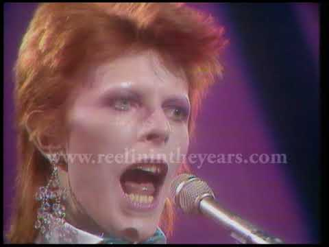"""David Bowie- """"Drive-In Saturday"""" 1973 (Reelin' In The Years Archive)"""