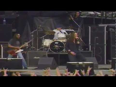 Soundgarden - Searching With My Good Eye Closed HQ (Paris 1992)