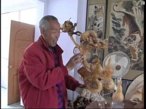 Sculptor uses tree roots for art