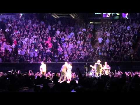 U2 - angel of harlem - forum - May 31- 2015