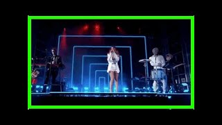 Zedd, Maren Morris, & Grey Perform The Middle At The Billboard Music Awards!