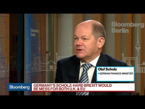 Germany's Scholz Sees Hard Brexit as 'Big Mess' for U.K., EU