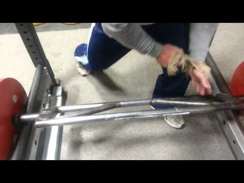 Reverse grip swiss bar prototype rows