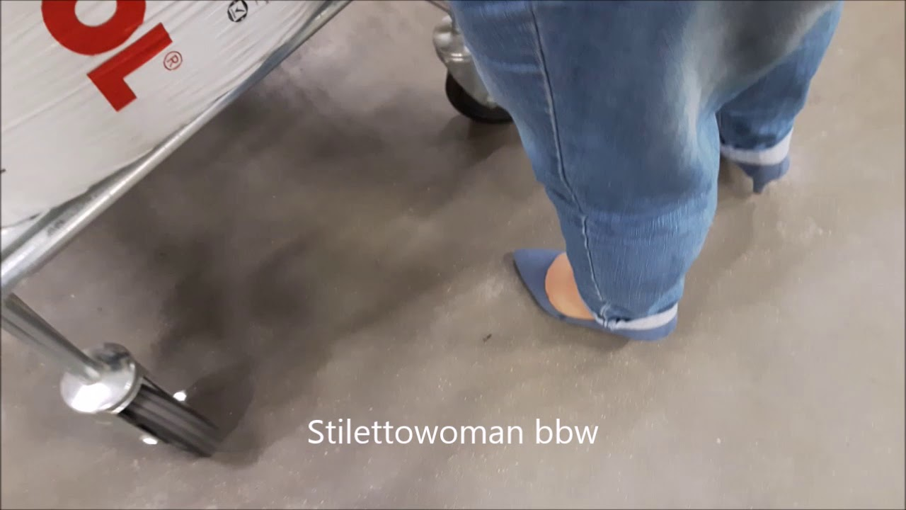 shopping with jeans pumps , Stilettowoman bbw