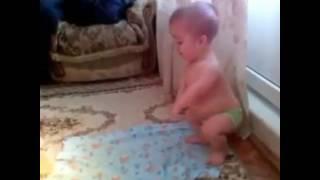 Video Small baby praying nazam funny video download MP3, 3GP, MP4, WEBM, AVI, FLV Agustus 2018