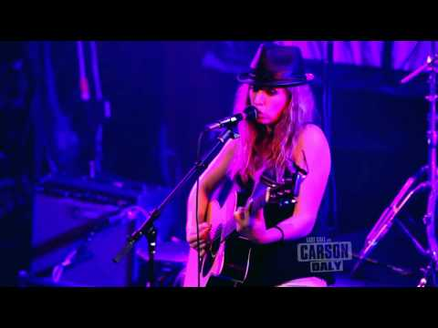 ZZ Ward - Put the Gun Down (from Last Call with Carson Daly)
