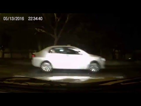 Perseguição policial frenética em Bh, bandidos tentam fugir de Monza.