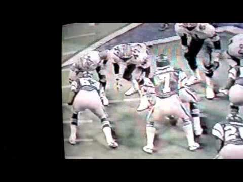 Randy White Chases Receiver From Behind