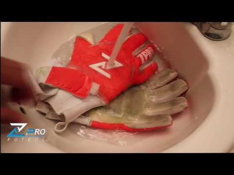 How to wash goalkeeper gloves very fast and save money