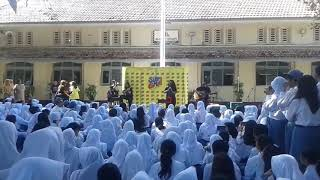 Terbang _ Kotak Band live akustik SMA 3 Jogjakarta
