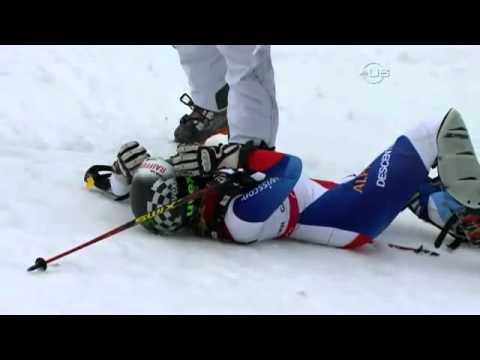 Lara Lara Gut suffers hard crash in Super Combined WC 2011 Garmish