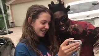 Kodak Black Gets Very Close With Female Fan Who Asks For A Picture