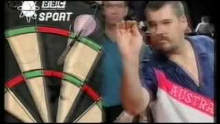 Weening 9 dart finish attempt in the first leg of a match! - Embassy 1994