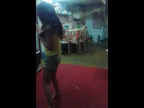 Tainara dançando metralhadora (um máximo)
