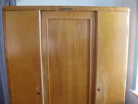 Как сделать кухонный шкаф деревянный с ящиком и дверями своими руками.mp4