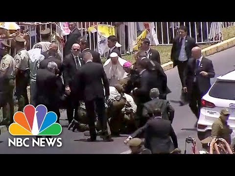 Download Youtube: Pope Francis Stops Motorcade To Help Injured Police Officer | NBC News