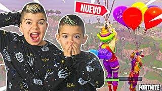 LOS NUEVOS GLOBOS EN FORTNITE!!! PINO & ARES/ PATIO DE JUEGOS