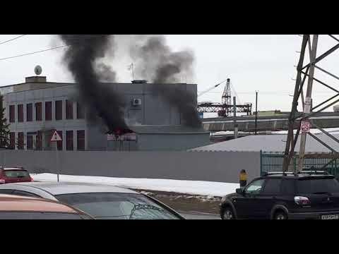 Пожар в автосервисе на Кабельном проезде в Чебоксарах
