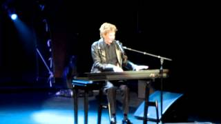 BARRY MANILOW - TRYIN TO GET THE FEELING AGAIN - IWIRELESS CENTER 3.8.12