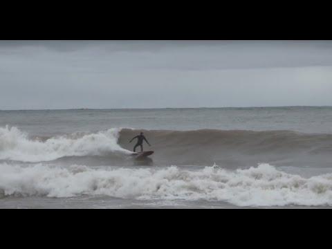 Cold Water Lake Surfing - Lake Superior