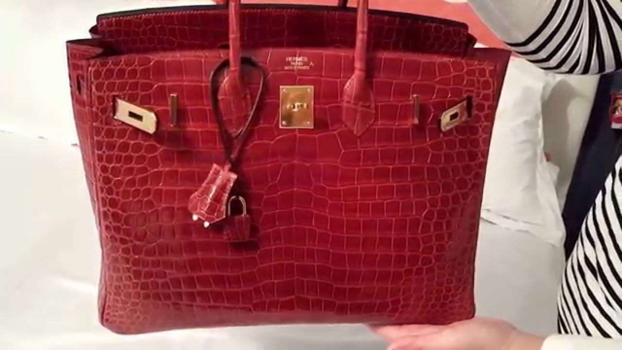 Review of Porosus Hermes 35 Crocodile Birkin Bag   Comparison with Regular  35 Birkin Rouge Casque - YouTube 11af3683d8
