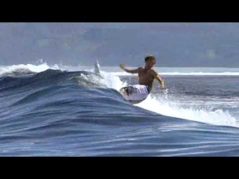 Super Sessions in Tahiti with Taylor Knox,  and more   SURFLINE COM~1