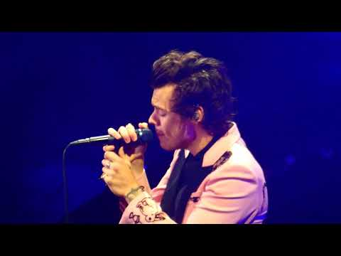 Harry Styles - Woman (Toronto 6/16/18)