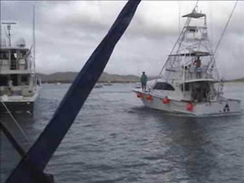 Impressive Boat Handling!
