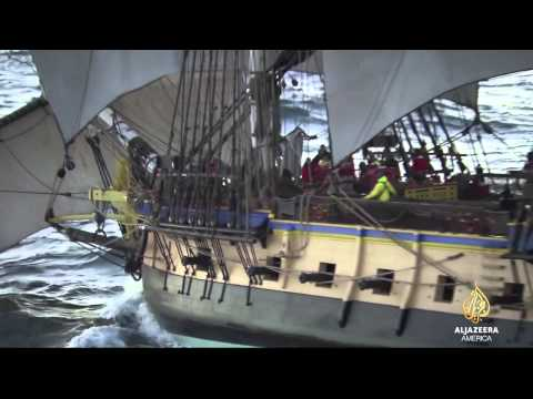 Warship replica 'L 'Hermione' sets sail for North America