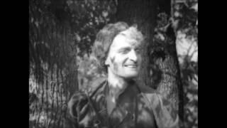 """Проходочка под наигрыш. Отрывок из к/ф""""Золотая тропа"""" , 1945 год"""