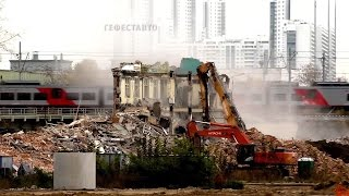 видео Демонтаж зданий и утилизация строительных отходов