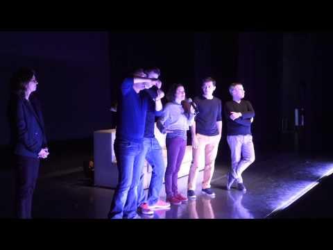 """Vidéo  Sujet sur """"Un Chien dans la tête"""" - Theâtre du Phare / Olivier Letellier - en langue des signes au Théâtre National de Bretagne fin 2014."""