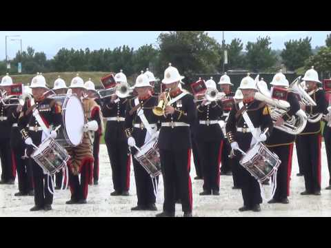 HM Royal Marines Band (Scotland) play Stirling 2014 (Armed F