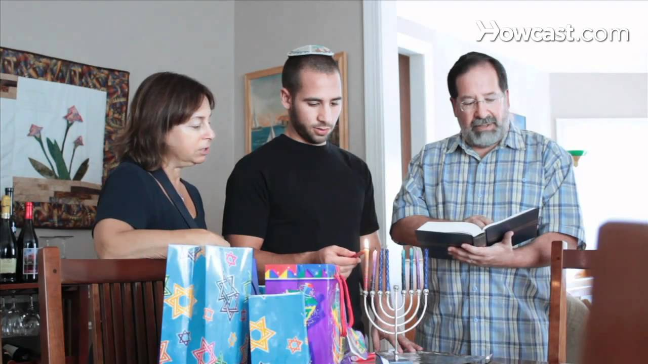 hanukkah family traditions