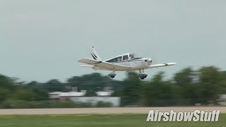Gusty Crosswind Arrivals and Departures (Monday) - EAA AirVenture Oshkosh 2015