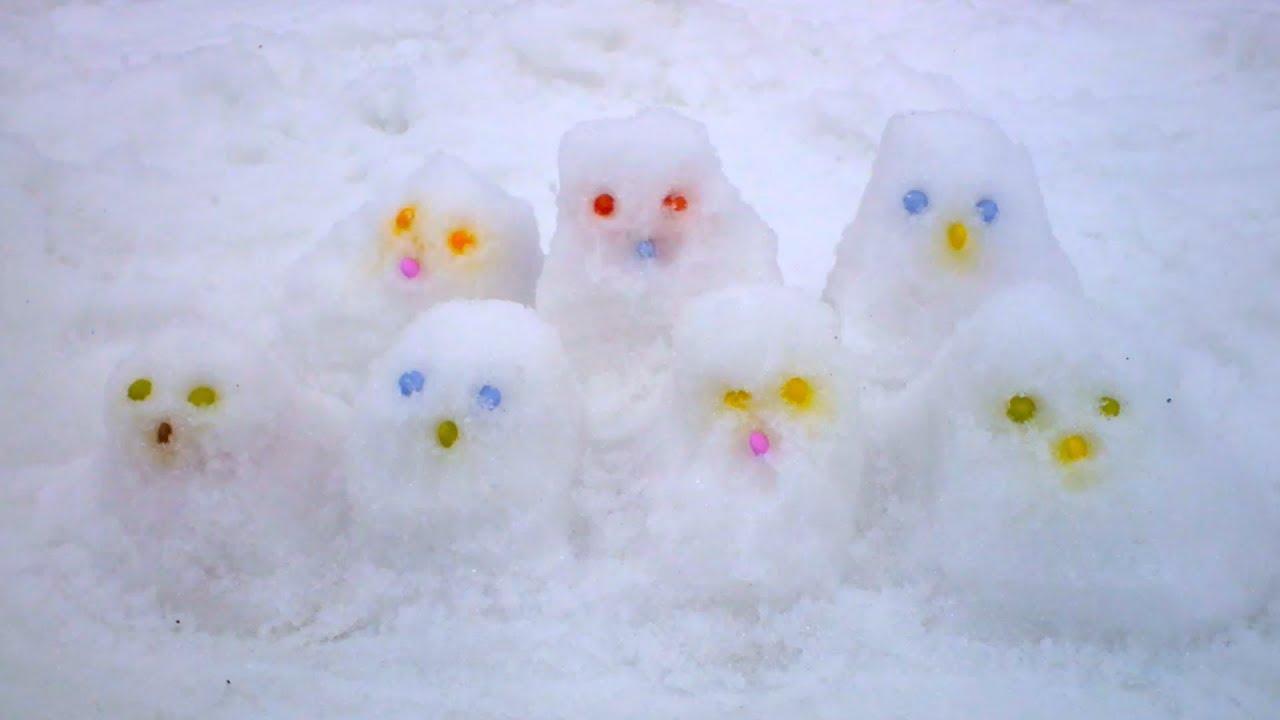 Sorpresas en la nieve | Huevos de nieve con sorpresas y juguetes
