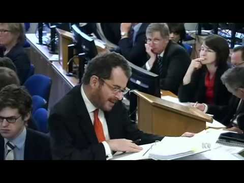 Cameron grilled at Leveson inquiry
