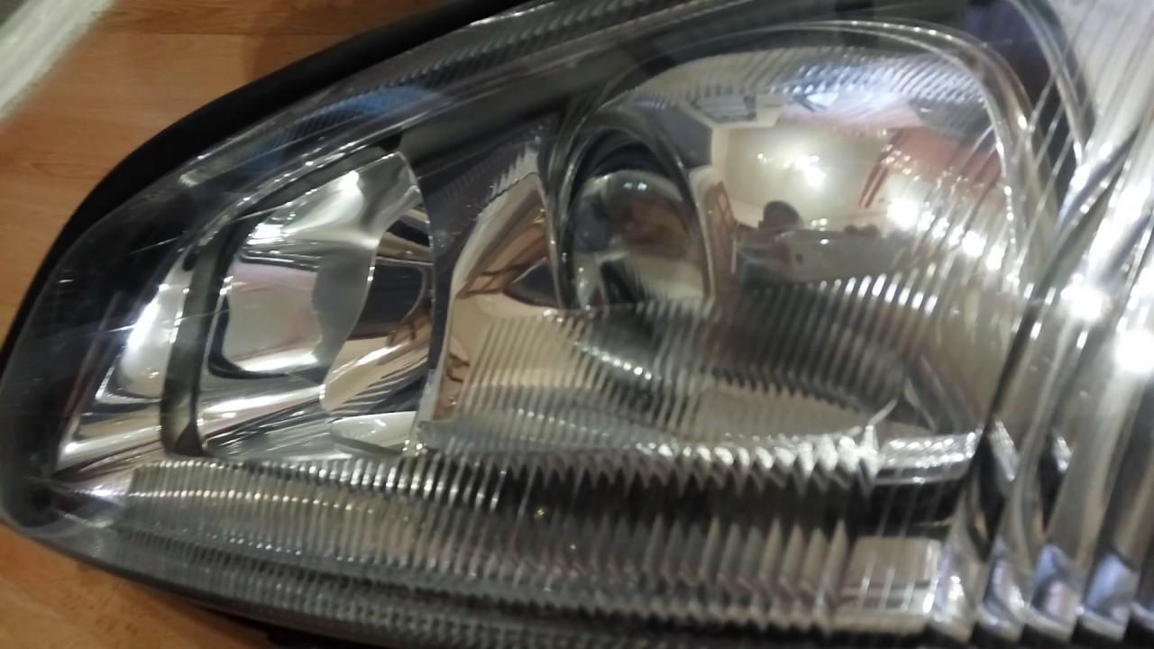 ксеноновая лампочка на опель омегу в