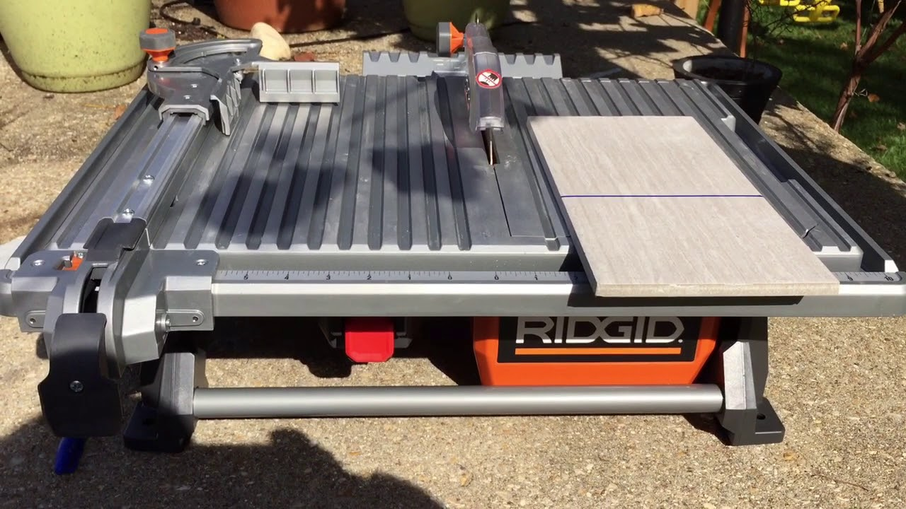 Rigid 7 In Table Top Wet Tile Saw Overview And