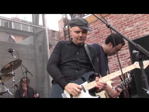 Smashing Pumpkins - Ava Adore LIVE April 17th 2010 Record Store Day (mixed Audio)