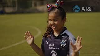 Conoce a Sara, nuestra Embajadora Rayada para la Jornada 14 Rayados vs Chivas.