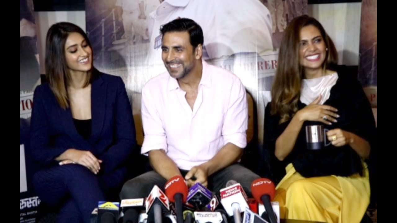 Akshay Kumar Funny Moments At Rustom Press Conference