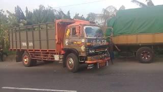Skil supir truk parkir ditempat yang sempit, truk mitsubishi fm standar