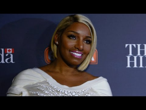 NeNe Leakes Looks Unrecognizable In Makeup Free Selfies, Jokes About Her Plastic Surgeon